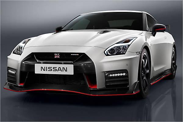 Nissan GT-R Nismo (2017) › характеристики, описание и фото Ниссан ГТР Нисмо &rsaquo