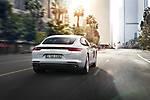 Porsche-Panamera 4 E-Hybrid 2017 img-02