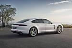 Porsche-Panamera 4 E-Hybrid 2017 img-04
