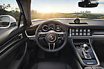 Porsche-Panamera 4 E-Hybrid 2017 img-08